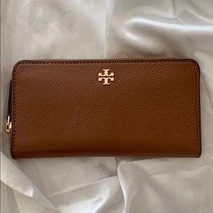 Tory Burch Marsden Zip Continental Wallet Brown